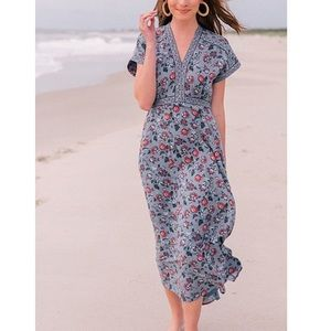 Gal Meets Glam Anya V-Neck Floral Print Midi Dress